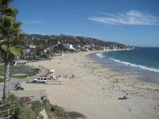 Laguna Beach Limo. Limousine Service in Laguna Beach. Private Car Service.