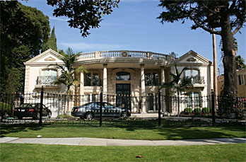 Hollywood limo tours movie stars homes limousine for Movie star homes beverly hills